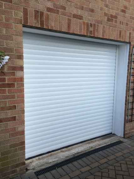 Compact 55 DM white roller garage door
